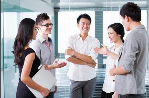 Dạy học tiếng Anh giao tiếp cơ bản-Bí quyết giúp bạn giới thiệu bản thân thật trôi chảy trong mọi tình huống